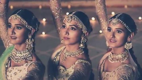 Dance Moves-Neeti Mohan-Shakti Mohan-Mukti Mohan
