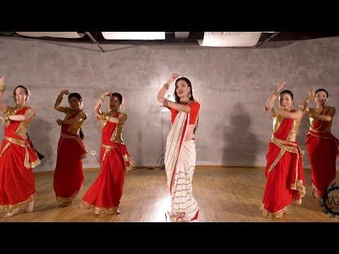 Chinese Girls Dance on Badi Mushkil Baba Song | Whatsapp Status Video | 2019 | Swag Video Status