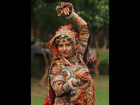 Gori Radha Ne Kalo Kann   Navratri Special Song   Full Screen Status   Whatsapp   Swag Video Status